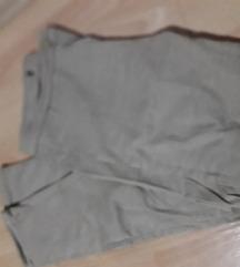 Pantaloni 2para za 600