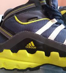 Adidas goretex vodootporni skoro novi br 35