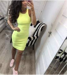 Novo fustance so etiketa