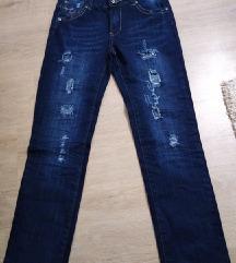 Фармерки нови