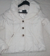 Bela zenska jakna