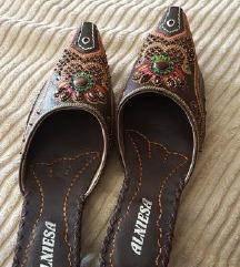 Unikatni novi orientalni papuci 38