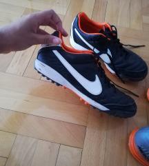 Original Nike kopacki br 37.5
