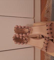 Nezno rozevi sandali