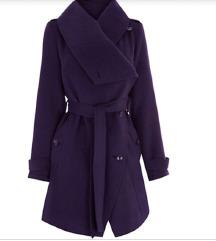 Dark purple coat -so etiketa