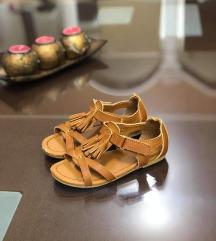 H&M premium quality sandali br 24