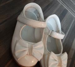 Детски чевлички * 500