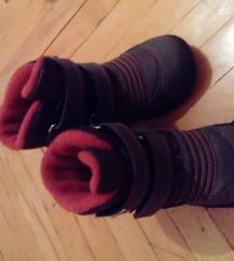 Зимски чизмички-ПРОДАДЕНО