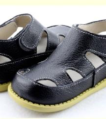 Нови сандалки