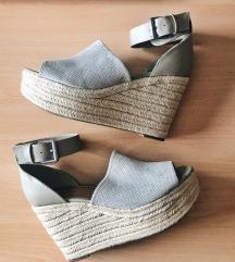 *699* Нови сандали 👠🌼✨