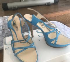 Novi Guess sandali