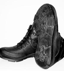 Зимски кожни чевли