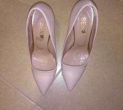 Нежно розе штикли