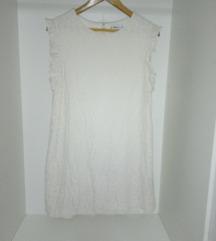 Фустан со чипка