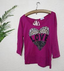Нова пролетна блуза - амерички бренд