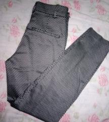 pantaloni novi HM