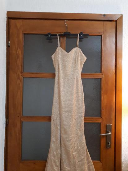 Свеченн фустанн