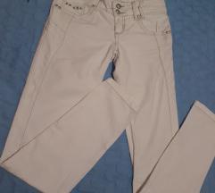 Beli pantaloni kako novi