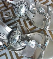 Srebreni sandali
