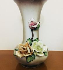 Vazo UNIKATEN racna izrabotka porcelan