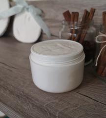 Крем за зрела кожа 40+ - содржи секрет од полжав