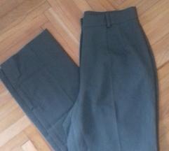 Novi pantaloni xs/s*Razmeni