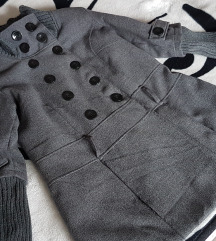 Прекрасно палто XL