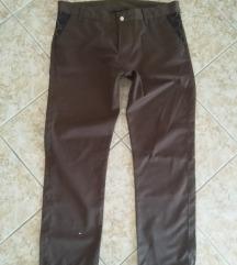 кафеави панталони