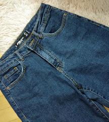Boyfriend jeans - skroz novi