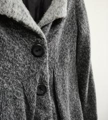 Скроз ново палтенце