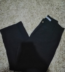 Crni pantoloni