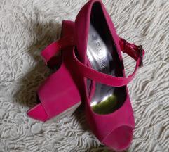 Roze cevli