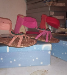 Novi detski sandali
