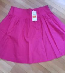 Нова брендирана сукња