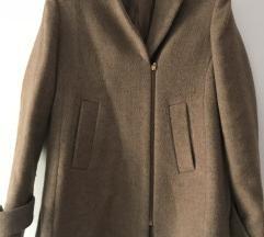 Краток капут од алпака