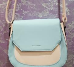 Розева чантичка