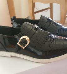 преубави нови чевлички - црни