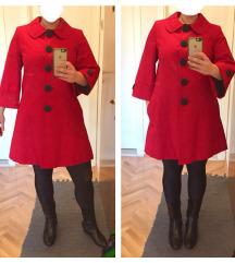 MONA nov crven kaput