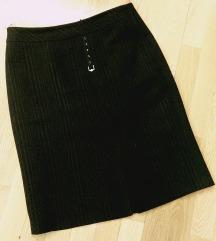 Temno siva suknja, zimska