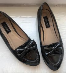 Arow лаковани чевлички