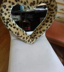 Прекрасно огледало !