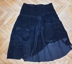 Есенска црна сомот сукња