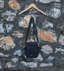 VINTAGE NIKE MESSENGER BAG
