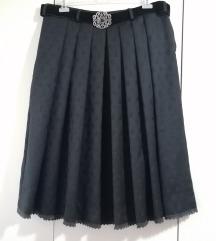 Volnena suknja