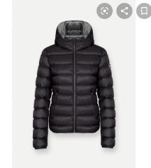 Crna debela jakna