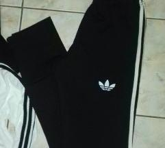 %Novi Adidas trenerki 2delen M/L