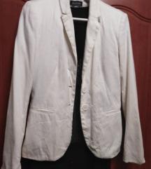 Бело сако