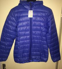 Чисто ново плаво палто - S