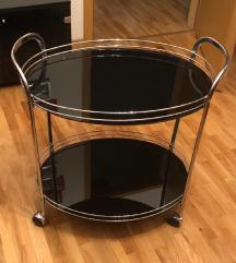 Нова - Стаклена маса со тркала