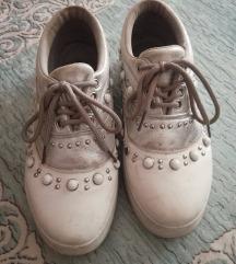 Бели патики со циркони број 36